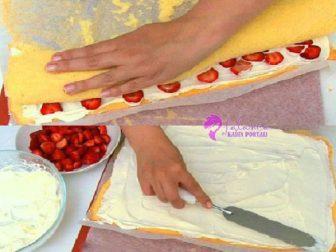 Cilekli Rulo Pasta 1