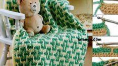 Yeşilli Desenli Erkek Bebek Battaniyesi