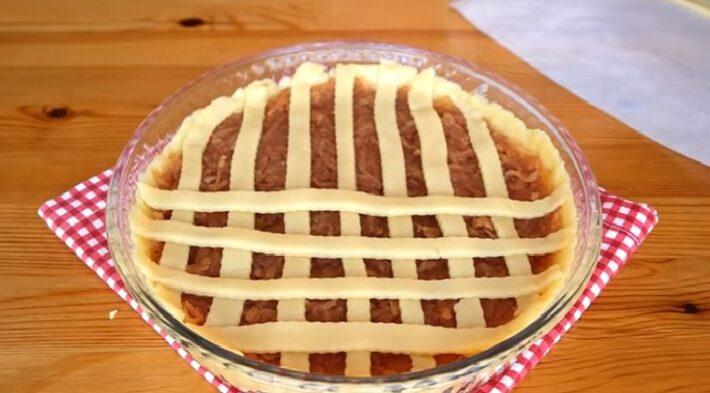 Yiyenlerin Hayran Kaldığı Elmalı Tart Tarifi