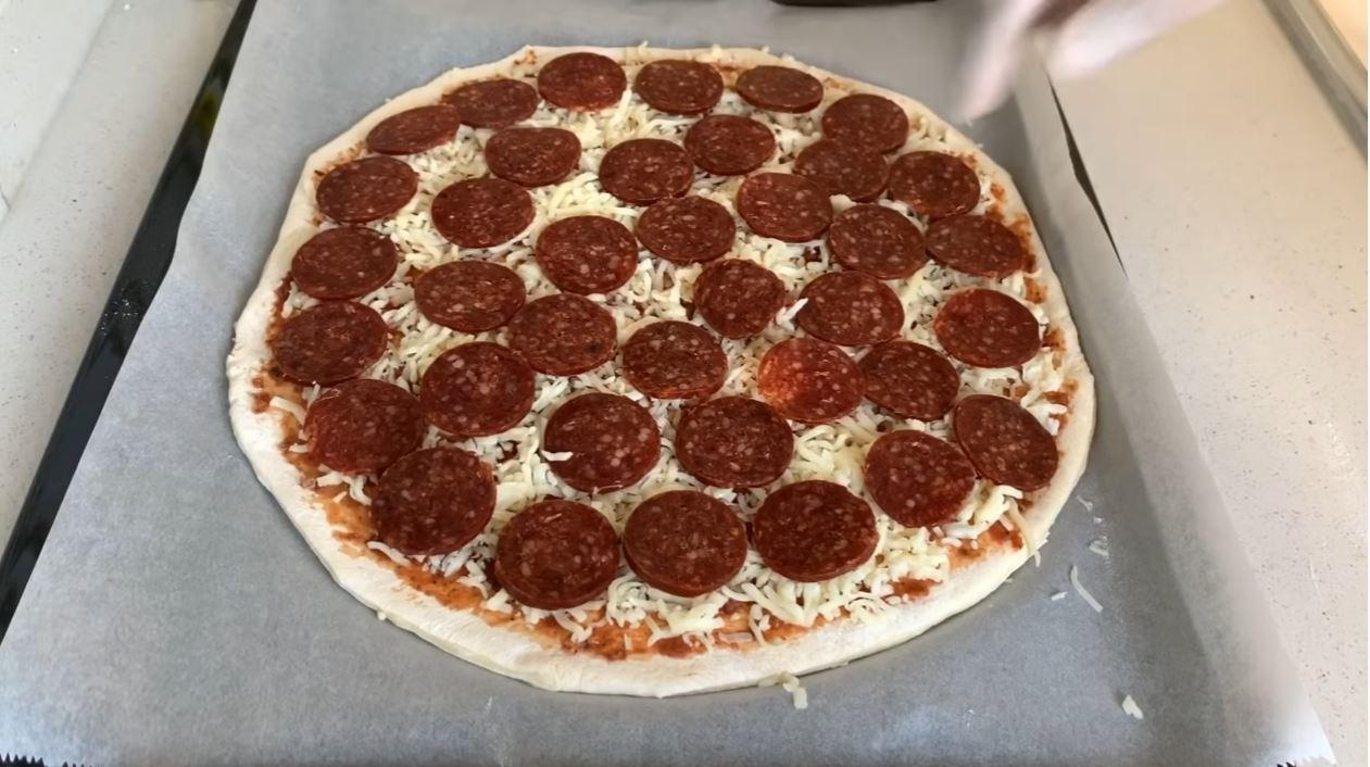 Hazıra Taş Çıkaran Evde Dominos Pizza Tarifi 2