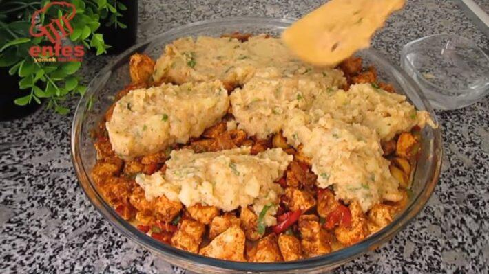 Patatesli Tavuklu İkramlık Tepsi Böreği 2