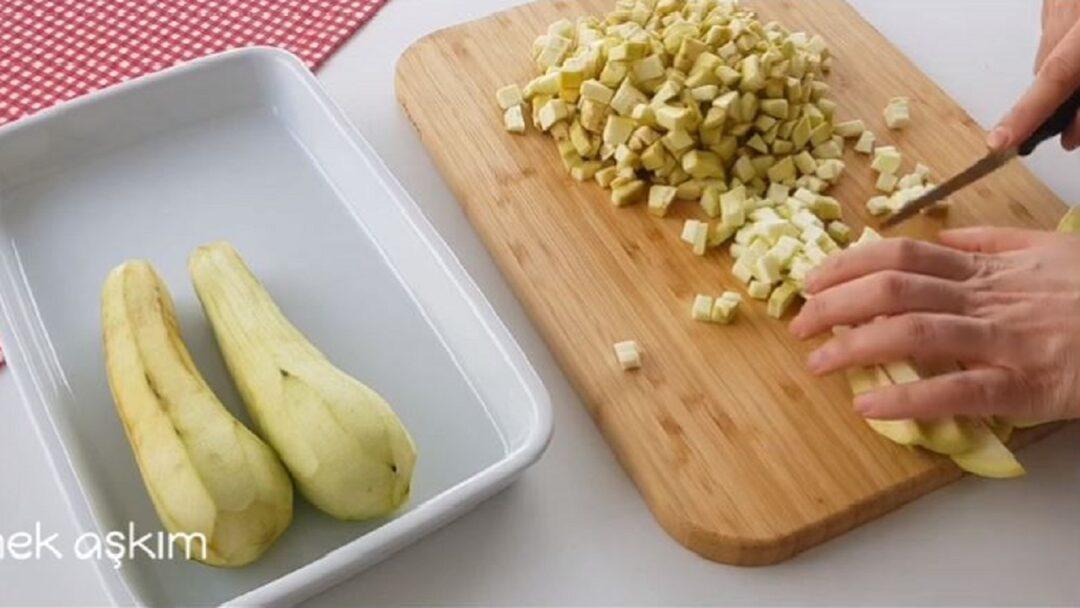 Patlıcan Sayesinde Bu Börek Başka Börek 1