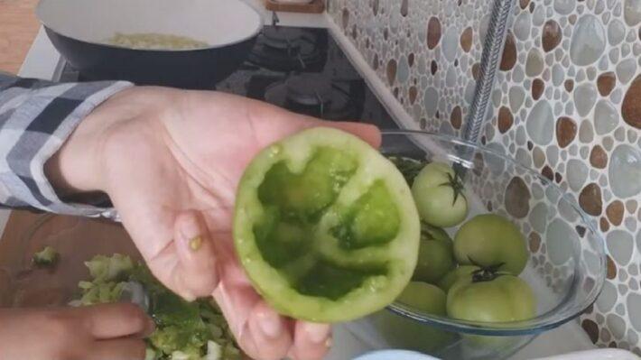 Yeşil Domates Dolmasına Bayılacaksınız 1