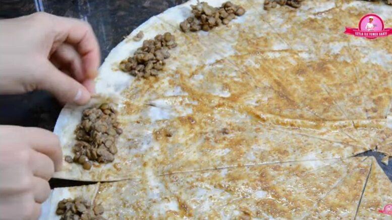 Dondurucuya Has Mercimekli Haşhaşlı Börek Tarifi 2
