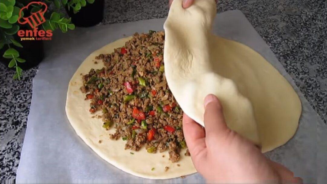 İçi Bol Sürprizli Tava Böreği Tarifleri 2