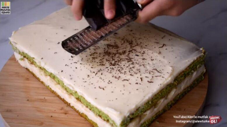 Bol Dilimli Bol Ispanaklı kış Pastası 1