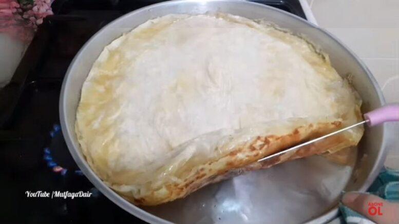 Fırında Değil Ocakta Pişen Pratik Börek Tarifi 1