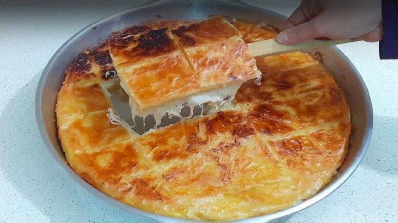 Fırında Değil Ocakta Pişen Pratik Börek Tarifi