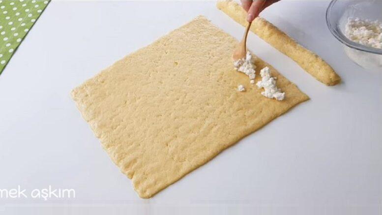 Gerçekten Olay Peynirli Margarinsiz Tuzlu Kurabiye Tarifi 1