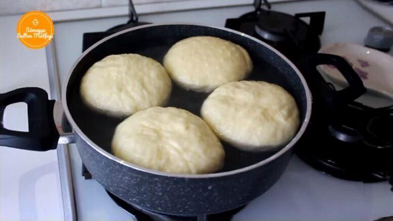 Yepyeni Özel Suda Ekmek Yapma Yöntemi