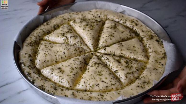 İnanılmaz Az Malzemeli İnanılmaz Lezzetli Çörek Tarifi 6