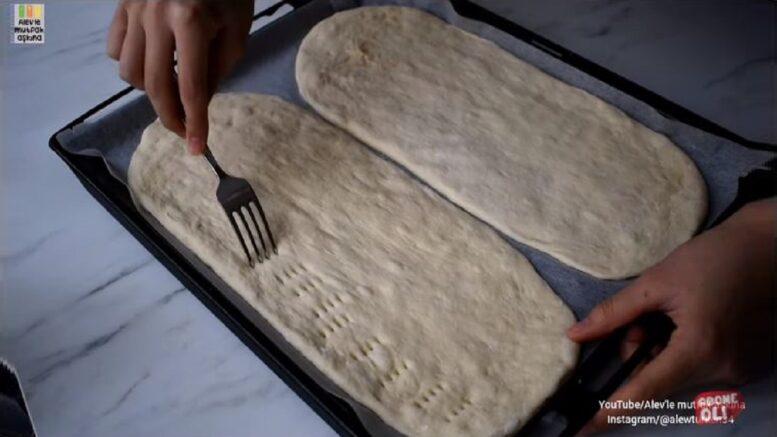 Kolay Tekniği Sayesinde Harika Çaya Pizza Tarifi 1