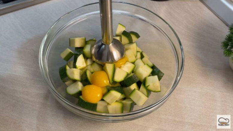 Kabak İle Yumurtadan Pratik Kahvaltılık Tarifi 1