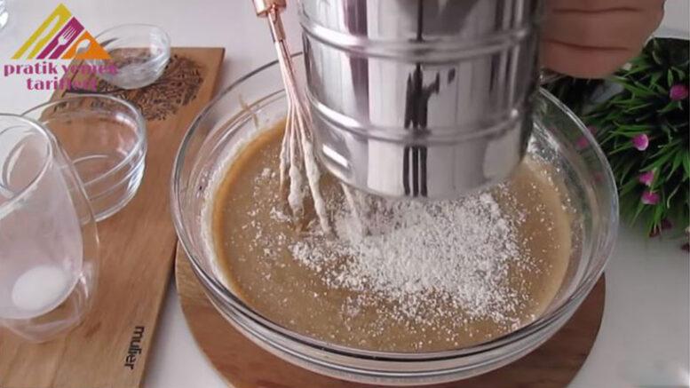 Muz Ve Kahve İle Yapılan En Değişik Pasta Tarifi 2