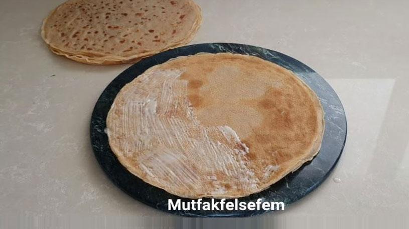 Değişik Pişirme Tekniği İle Şerbetli Tatlı Tarifi 1
