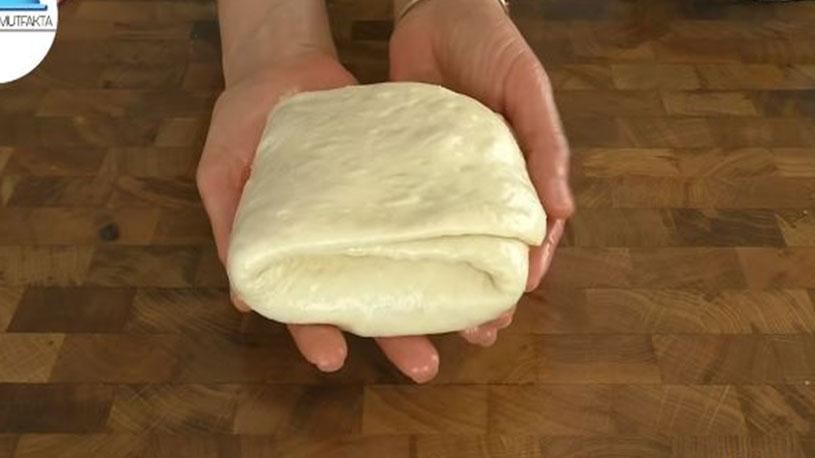 Sahura Susatmayan Acıktırmayan Çörek Tarifi 2