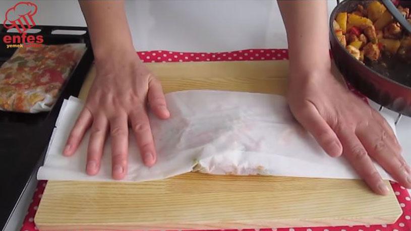 Lokum Gibi Eriyen Kağıt Kebabı Tarifi 3