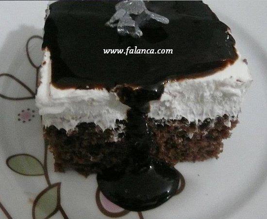 Ağlayan Çikolatalı Pasta