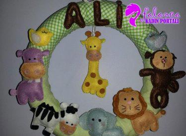 Bebek Kapı Süsü Modelleri