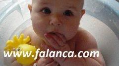 0-3 Yaş Arası Bebekler Nasıl Beslenmeli ?
