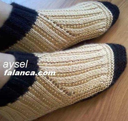 Boncuklu Çorap Resimli Anlatımlı