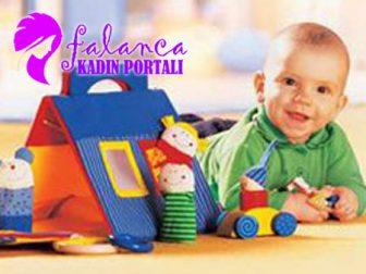 Çocuklar ve Oyun Malzemeleri