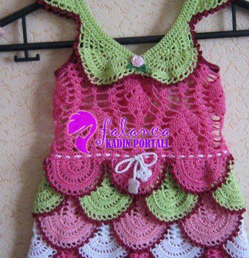 Renkli Fırfırlı Elbise