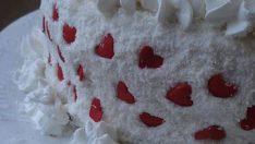 Kalpli Meyveli Pasta