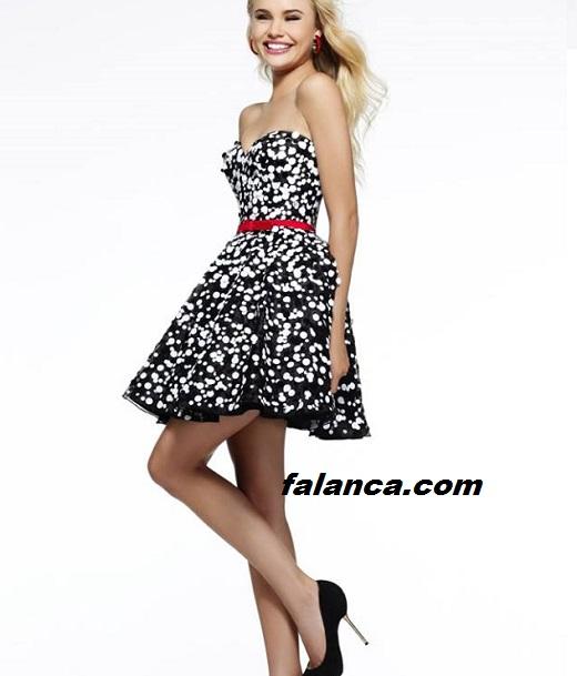 Puanli Elbise Modelleri Siyah Beyaz Noktali