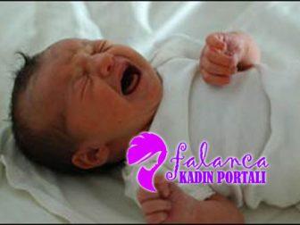 Sağlıklı Yeni Doğan Bebek