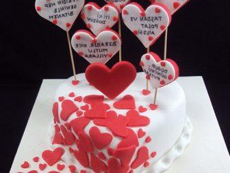tasarim pasta  336x252 - Özel Tasarım Pasta ve Kurabiyeler