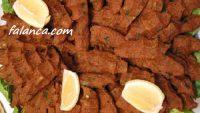 Yumurtalı Çiğ Köfte Resimli Yapılışı