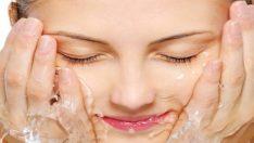 Yüzü doğru yıkamanın önemi